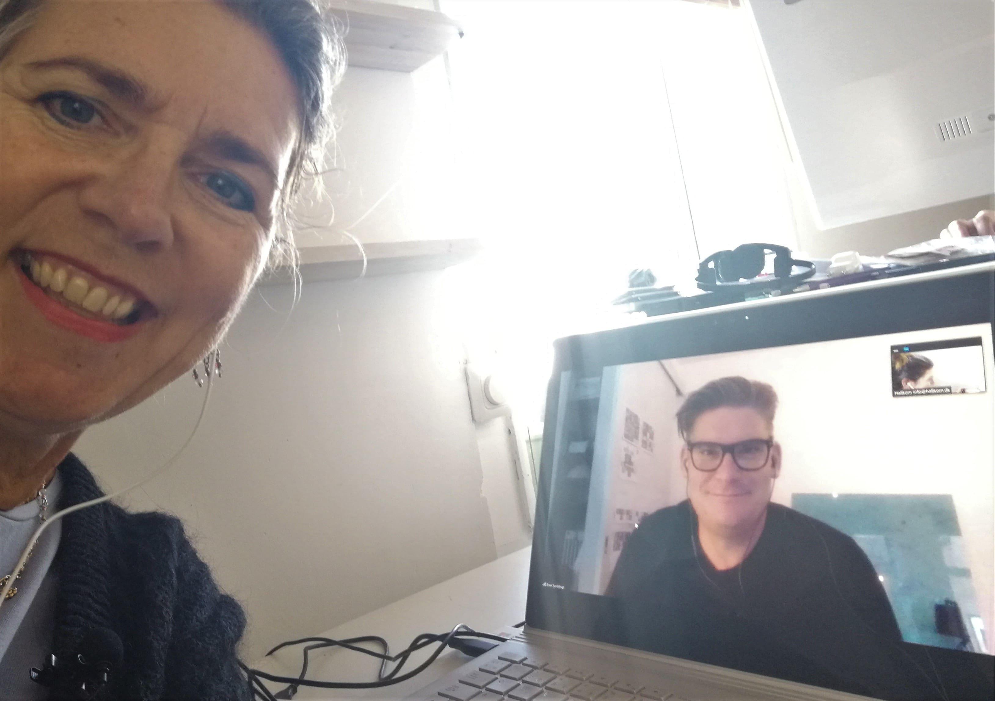 Brian Sundstrup gæster Historier fra Coronaland